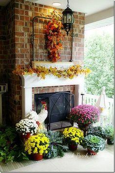 Back porch decor - love the gate, I will take it!  Can you deliver????  lol