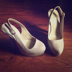 """Nude pumps Shoedazzle nude faux-patent platform pump. Worn one time in excellent condition. Size 6.5. Heel hight 6"""". Inside platform 1"""". Shoe Dazzle Shoes Platforms"""