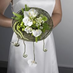 Brides Bouquet using Rustic Grapevine Wire
