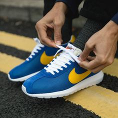 896815d0ce324 Nike Roshe LD-1000  Blue Yellow Painted Shoes