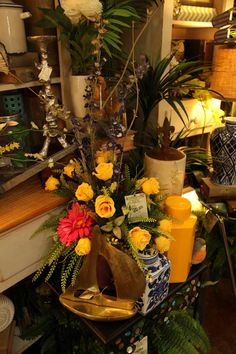 beautiful and super realistic artificial / faux / fake silk floral designs / flowers / arrangements / yellow roses / Evergreen Lake of the Ozarks / 65065