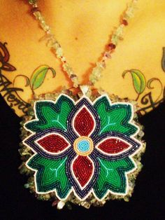 Necklace made by Ojibwe work artist Summer Peters. Indian Beadwork, Native Beadwork, Native American Beadwork, Native American Jewelry, Native Beading Patterns, Loom Patterns, Jewelry Art, Beaded Jewelry, Beaded Necklaces