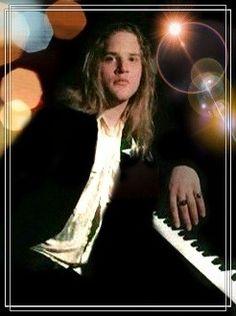 Andrew Wood, Concert, Concerts