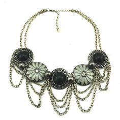 Fashionable Flower Pendant Design Necklace @ MayKool.com