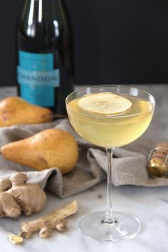 Sparkling pear ginger cocktail, makes a great mimosa alternative!