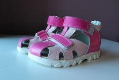 First step sandals from sizes 18 to 26