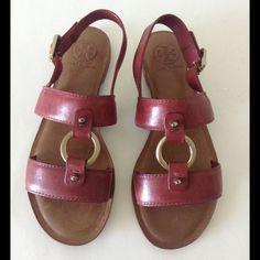 953cf5848 Tory burch fletcher leather logo strap sandals nwt