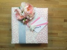 The gift wrapping is as important as a gift. See how to make the most beautiful gift ever.  Design by Dorota Szelągowska www.dorotaszelagowska.pl