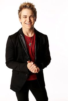 Hunter Hayes. I'm not usually a fan of country music but this guy is just perfection and makes my heart melt >>> Discovered his debut album on iTunes within a week of it coming out back in 2011...  I was a fan before anyone knew who he was and look at him now. He is freakin' adorable... Love him <3