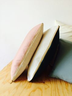 Agio, Kissen Set - rosé & grüne Wolle,beiges Leinen,goldener Zipper – HETTI.
