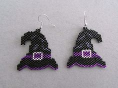 Witch's Hat Halloween Earrings in delica by DsBeadedCrochetedEtc