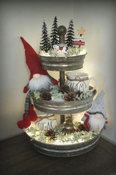 44 simple home decoration ideas for your beautiful kitchen 26 - Before After DIY Noel Christmas, Country Christmas, Vintage Christmas, Christmas Crafts, Christmas Ornament, How To Decorate For Christmas, Christmas Kitchen Decorations, Christmas Centerpieces For Table, Christmas Decorating Ideas