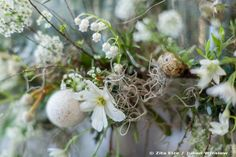 Zita Elze Easter Flowers - floral chandelier with eggs and white flowers Photo: Julian Winslow 5966_wm