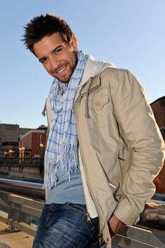 """""""A veces cierro los ojos y sueño otros mundos que, al final, están todos en Málaga, todo vuelve a #Málaga"""" Así habla Pablo Alborán de su Málaga querida. Hacemos una ruta por sus rincones favoritos. #Viajes"""
