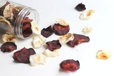 Beet and Turnip Chips. Healthy vegetables chips for snacking! Vegetable Chips, Healthy Vegetables, Party Snacks, Beets, Buffet, Clean Eating, Vegan, Ethnic Recipes, Food