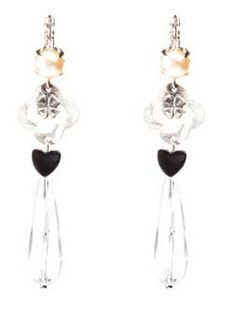 Lovely Scmyk earrings, available at www.ciraad.nl/overzicht/scmyk