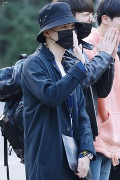 ❤️ 170922 Suga @Arriving at KBS Studio for Music Bank ~❤️