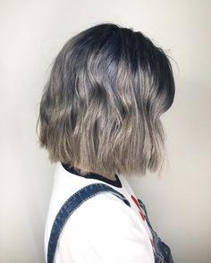 """1,828 Likes, 33 Comments - Qjin & Qwon (@q2han) on Instagram: """"강남 도트헤어 에서 저희 이름 """"큐큐 쌍둥이"""" 언급하시면 30% 할인 해드려융 꺅-! If you mention our name """"QQ"""" at Dote Hair Salon,…"""""""