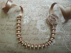 Ribbon necklace with pearls and flower Beige por morethanaribbon, $24.00