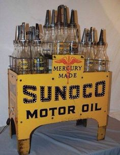Prepare yourself fracking world, the fracking industry has a brand new tune… Vintage Oil Cans, Vintage Tins, Vintage Auto, Old Gas Pumps, Vintage Gas Pumps, Pompe A Essence, Harley Davidson, Gas Service, Old Gas Stations