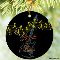 Commemorate your race in Chicago with this ornament.  Makes a great gift idea to celebrate a special race. goneforarun.com