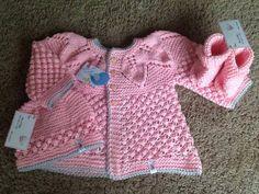 Coat made by Paula Sousa, with Nanny yarn/Casaco feito por Paula Sousa, com o fio Nanny