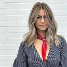 Ash blonde lived-in balayage by Aveda Artist Anny Schirk. (Color only) Easy Hairstyles For Medium Hair, Down Hairstyles, Medium Hair Styles, Hair Down Styles, Long Hair Styles, Cool Hair Color, Hair Colors, Ash Blonde, Blonde Hair