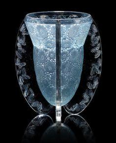 René Lalique 'Papillons' a Vase, design 1936