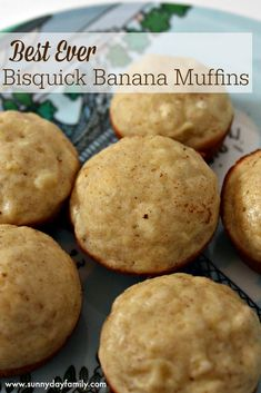 The best and easiest banana muffins you'll ever make! You won't believe they're made with Bisquick when you taste how moist and delicious these are. I used gluten free Bisquick! Bisquick Muffin Recipe, Bisquick Banana Bread, Banana Bread Muffins, Bisquick Recipes, Biscuit Recipe, Muffin Recipes, Banana Recipes With Bisquick, Baked Pancakes, Biscuit Mix