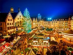 Traditional Christmas Market in the historic center of Frankfurt, Germany | 10 Magical Christmas Markets in Europe