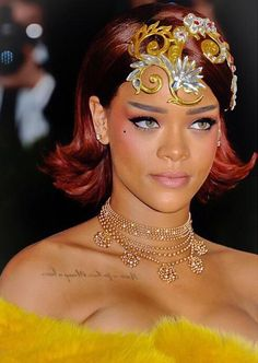 Rihanna Fan, Mode Rihanna, Rihanna Style, Rihanna Costume, Rihanna Images, Divas, Jenifer Lawrence, Met Gala Red Carpet, Glamour Shots