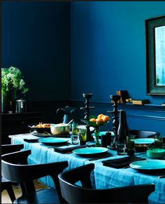 rich blue hues - how pretty is that?