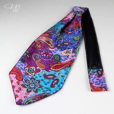 Seiden-Krawattenschal Underwater Paisley  Seiden-Krawattenschal Underwater Paisley - Manufaktur 512 - Einzigartige #Accessoires in #Handarbeit. +++ #Krawattenschal #fashion #handmade #manufaktur