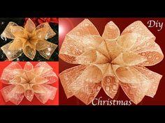 Como hacer Moños para decorar el árbol de Navidad hechos de una sola tira de cintas - YouTube Beautiful Christmas Trees, Christmas Flowers, Christmas Baubles, Christmas Diy, Christmas Decorations, London Travel Guide, Natal Diy, Bow Template, Gift Bows