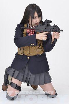 メディアツイート: Girl & Gun 銃を持った女の子(@GunGirlpic)さん | Twitter