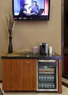 Simple beverage center