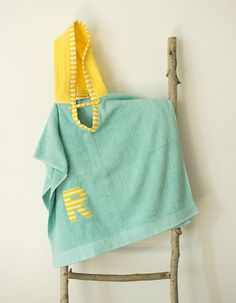 These Hooded Towels are great for bath time, the pool, swimming lessons, camp, the beach, etc.  Made from soft, ultra absorbent 100% cotton towels. Each Hooded Towel can be personalized with an initial or a name (For full name, please convo me). They can be made in an assortment of