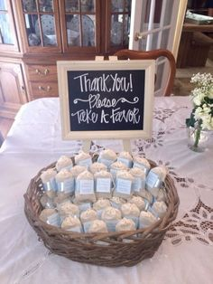 Baby Shower Party Favors For Guests. My Bridal Shower! Modern Woodland Themed Baby Shower Pretty My Party. Home and Family Idee Baby Shower, Baby Shower Gift Bags, Fiesta Baby Shower, Shower Bebe, Baby Shower Table, Baby Shower Party Favors, Baby Shower Parties, Baby Shower Thank You Gifts, Girl Shower