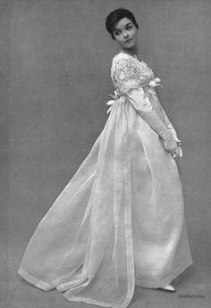 1959 Balenciaga bridal