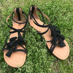 bd8643e7abd3 Details about B.C. BORN IN CALIFORNIA Black Tassel Sandals