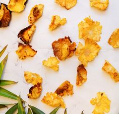 Dried Pineapple Flowers – A Minty Monday