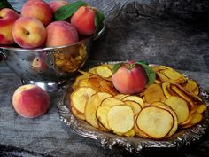 Peach Chips and Details on Dehydrating Peaches http://nouveauraw.com/raw-techniques/peach-chips-and-details-on-dehydrating-peaches/