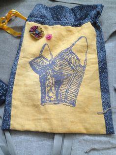 le bikini mes dessous chics lingerie cross stitch point de croix punto de cruz embroidery. Black Bedroom Furniture Sets. Home Design Ideas
