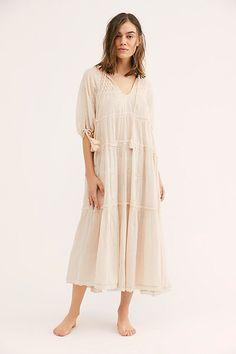 Bohemian Dresses Short, Boho Summer Dresses, Modest Dresses, Modest Outfits, Boho Outfits, Modest Fashion, Church Dresses, Modest Clothing, Hijab Fashion
