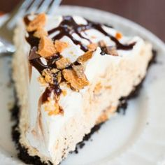 No-Bake Butterfinger Pie