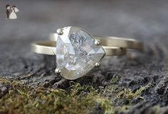Natural Silver-Clear Asymmetrical Rose Cut Diamond Ring - Wedding and engagement rings (*Amazon Partner-Link)