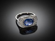 Bague Art Déco saphir naturel diamants