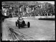 Description Louis Chiron at the 1931 Monaco Grand Prix (2).jpg