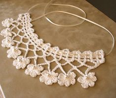 Crochet necklace vintage style...Oodles of crochet necklace and collar diagrams here!!