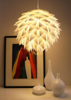 White Spiky Pendant Light. Tutorial: http://the3rsblog.wordpress.com/2012/11/20/folding-folding-folding/